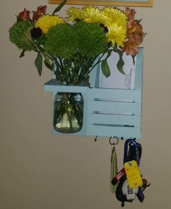 Wall-Mounted Mail and Key Holder